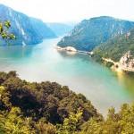 derdapska-klisura-dunav-priroda-trajanova-tabla-1351736961-225403